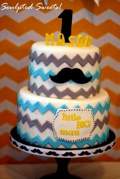 Little BIG Man Mustache Bash. Aiden 1st bday cake // @Hannah Mestel Zimmerman Chevron and Mustaches! So cute!