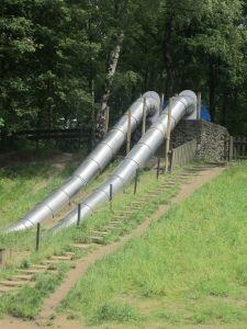 Gigantic slides, Nijmegen, The Netherlands Historical Landmarks, My Town, Playgrounds, State Parks, Family Travel, Netherlands, Pond, Crafts For Kids, River
