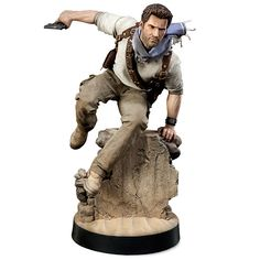 ThinkGeek :: Uncharted Nathan Drake Scale Statue - Pricey but would look awesome as part of a gaming set up! Nathan Drake, Video Game Art, Video Games, Nerd Merch, Uncharted Series, Geek Toys, Lara Croft, Sculpture, Action Figures