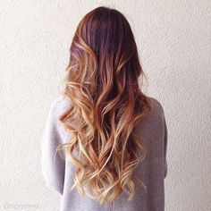 Love this ombré hair color! Ombre Hair Color, Hair Color Balayage, Copper Balayage, Red Hair Blonde Highlights, Bayalage Red, Highlights Diy, Copper Ombre, Balayage Blond, Caramel Balayage