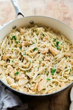 Rich and creamy pasta sauces aren't off limits just because you're dairy-free. Here's a delicious chicken alfredo recipe you can make in one pot and in 20 minutes flat, making it a perfect weeknight meal. Grab the recipe over on the blog. | Yuri Elkaim