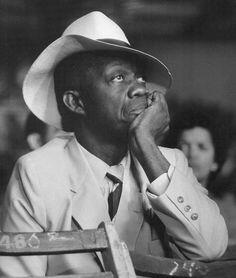 Wolf Suschitzky - Onlooker, Trinidad, 1960. °