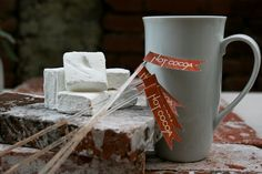 winter-wedding-ideas-hot-cocoa