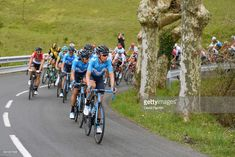 #itzulia ZARAUTZ, SPAIN - APRIL 02: Víctor de la Parte of Spain and Movistar Team / Winner Anacona Gomez of Colombia and Movistar Team / Peloton / during the 58th Vuelta Pais Vasco 2018, Stage 1 a 162,1km stage from Zarautz to Zarautz on April 2, 2018 in Zarautz, Spain. (Photo by David Ramos/Getty Images)