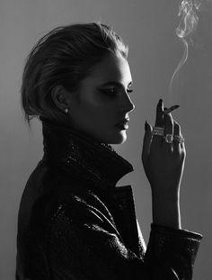 Photography Women, White Photography, Portrait Photography, Fashion Photography, Glamour Photography, Lifestyle Photography, Editorial Photography, Women Smoking, Girl Smoking
