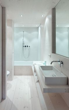 A contrast to city life - villa on Scharmützelsee by Doris Schäffler Diy Bathroom Decor, Bathroom Renos, Bathroom Interior, Modern Bathroom, White Bathroom, Bad Inspiration, Bathroom Inspiration, Long Narrow Bathroom, Upstairs Bathrooms