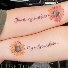Mom Tattoos Discover 48 Meaningful Mother-Daughter Tattoos To Honor Her Unconditional Love Getting matching ink is a big commitment. But these cute mother-daughter tattoos will make you want to talk your mom into getting inked now. Tattoo Mama, Mum Tattoo, Mother Tattoos, Bff Tattoos, Couple Tattoos, Small Tattoos, Mom Tattoo Quotes, Tattoos For Family, Tattoos For Friends