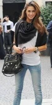 http://www.rentfashionbag.it/borsa-balenciaga-city-12-giant-gold---melissa-satta