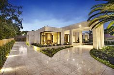 Luxury melbourne home with pillared entry and interior courtyards 2 - 1000 Images About Ranch Homes On Pinterest Spanish