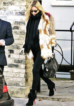 Kate Moss Isabel Marant coat Louis Vuitton bag Christian Louboutin boots