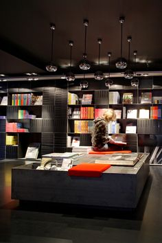 Design bookshop by Mendo