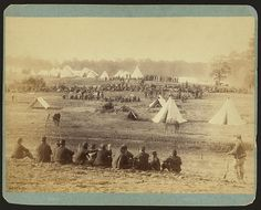 [Confederate prisoners captured in the Battle of Front Royal being guarded in a Union camp in the Shenandoah Valley] Confederate States Of America, America Civil War, Us History, American History, History Pics, Ancient History, World Conflicts, Civil War Photos, Prisoners Of War