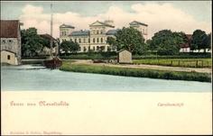 Ansichtskarte / Postkarte Neustrelitz am Zierker See, Uferpartie mit Blick auf das Carolinenstift