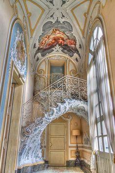 Art Nouveau Stairs - Palazzo Biscari by 23 aprile dalle ore alle Invasore: St. Baroque Architecture, Beautiful Architecture, Beautiful Buildings, Interior Architecture, Interior And Exterior, Architecture Layout, Palace Interior, Russian Architecture, Modern Interior