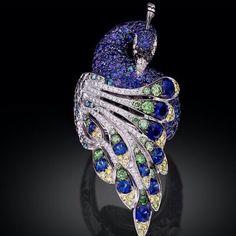 PALMIERO jewellery - #sapphires #diamonds #pendant #ring #peacock #palmiero #italianjewellers #asiajewellers