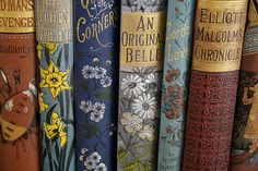 Vintage Books ---I love the beautiful bindings on old books. One of my favorite decor accessories! Vintage Book Covers, Vintage Books, Vintage Library, Library Art, Old Books, Antique Books, I Love Books, Books To Read, Reading Books