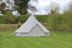 The Oxford bell tent from Boutique Camping What is it? 5m Oxford Canvas Bell Tent Boutique Camping from 449.99Buy it here Technical Details Luxury grey bell tent with taped seams and a heavy duty zipped-in extra thick ground sheet Waterproof mold resistant PU canvas coating Extra thick 5mm guy ropes heavy duty Pegs; 6mm ground sheet pegs and 8mm robust groundsheets Spring loaded 32mm diameter centre pole with a robust 1.2mm metal thickness New extra large vents for ventilation 3 way zips…