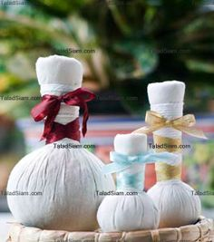 thai herbal compress balls: many recipes [coconut facial ball = fabulous for softening fine lines and creating silky skin]
