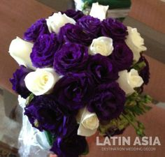 #white #purple #elegant #romantic #bridal #bouquet #destinationweddings #weddingcancun by #latinasia