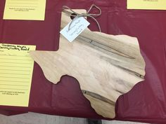 This is one of a couple serving boards I donated for a silent auction at our local church's annual fund raiser. People got good deals on the serving boards and we raised a little money for needy families at Christmas. Great day! #wacowoodworks #wacotx #waco #wacotown #pimpinjoy