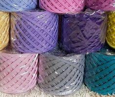 T-shirt yarn cotton yarn spaghetti yarn bag Bag Crochet, Crochet Yarn, Knitting Yarn, Super Chunky Yarn, Thick Yarn, Tshirt Garn, Big Yarn, Weaving Yarn, Knit Bracelet