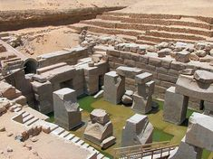 Right behind the Temple of Seti 1, lies the Cenotaph of Seti 1, mainly called Osireion. It served as dummy tomb, aiming at creating a closer association