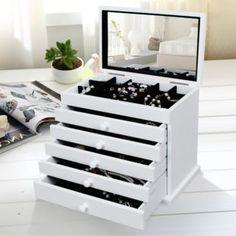 Verzierter Schmuckkasten  emilyliusongmics@gmail.com Shoe Rack, Dresser, Furniture, Swatch, Boxes, Home Decor, Homemade Home Decor, Lowboy, Crates