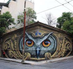 Celui-là HIBOU dans son coin... / Street art. / Athènes. / Athens. / Grèce. / Greece. / By WD. / Photo by StreetArtNews.