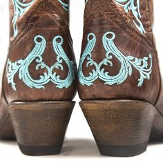 Corral Brown/Turquoise Dhalia Cowgirl Boot $207.95   http://www.countryoutfitter.com/products/36469-womens-brown-turquoise-dhalia-boot-r1193?lhs=u_p_p_n_a&lhb=co&lhc=womens_boots&lhg=corral_r1193&utm_source=pinterest&utm_medium=social