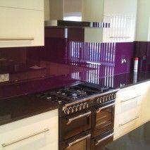 Kitchen Worktop, Kitchen Cabinets, Kitchen Appliances, Gloss Kitchen, New Kitchen, Glass Splashbacks, Purple Kitchen, Purple Glass, Backsplash