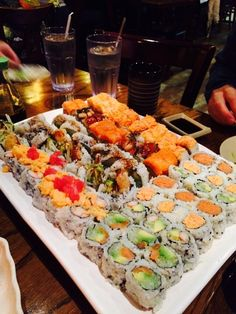Omg I would die if I came face to face with that much sushi