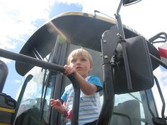 if your kids love tractors then they would love countryfile live Tractors, Country, Live, Day, Blog, Rural Area, Blogging, Country Music