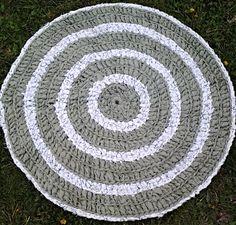 "Handmade Crochet Rag Rug Round 37"" Green and White Upcycled Cottage Chic"