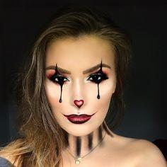 Clown makeup #halloweenmakeup #clownmakeup #halloween2017 #halloweencostumes  All details on instagram: @ericaarebo