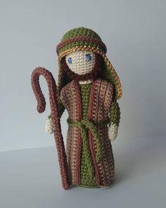 Crochet Pig, Crochet Dollies, Crochet Home, Cute Crochet, Crochet Animals, Crochet Christmas Ornaments, Christmas Crochet Patterns, Noel Christmas, Amigurumi Patterns