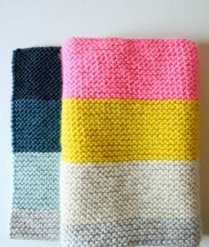 The Purl Bee's Super Easy Blanket was one of our very first patterns, and all these years later, it still satisfies us with its easy modernity and lively versatility. Since its introduction, we've knit this blanket in oodles of colors and yarns and sizes, each version highlighting a fresh idea. And now Purl Soho's Worsted Twist and Super Soft Merino yarns have inspired a new stack of gorgeous Super Easy Blankets!  With its tidy spin Worsted Twist gives our Worsted Twist Super Easy Crib…