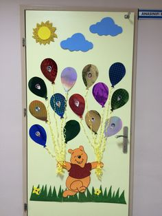 Kapı Birthday Calendar Classroom, Classroom Door, Classroom Themes, Preschool Door, Preschool Crafts, Class Decoration, School Decorations, Kreative Jobs, Welcome To School