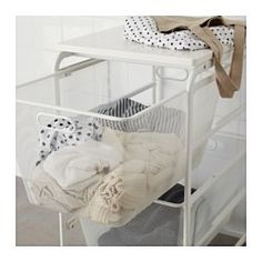 Fits in both the frames and wall-mounted storage solutions in the ALGOT series, so it is easy to switch if your needs change. The basket glides smoothly and has a pull-out stop to keep it in place. You can also store small items, belts and underwear in the basket because the mesh prevents them from falling out. Can also be used in bathrooms and other damp indoor areas.