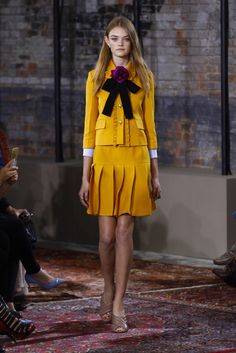 Gucci Resort 2016 Fashion Show - Willow Hand (The Lions)