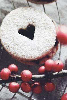 Gesunde Spitzbuben? Savoury Dishes, Doughnut, Christmas Cookies, Up, Christmas Recipes, Desserts, Food, Health, Recipes