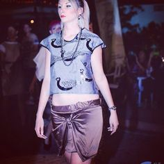 Sfilata Peut-être al molo9cinque 30/08/2014 #peut #peutetre #sfilata #fashion #artigianale #madeinitaly #mini #gonna #nodo #t-Shirt #pavoni #diy #grigio #marrone #handmade