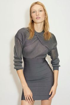 Herv¨¦ L¨¦ger Fall 2020 Ready-to-Wear Fashion Show - Vogue Fashion Week, Fashion 2020, High Fashion, Fashion Show, Fashion Design, Fashion Brands, Women's Fashion, Herve Leger, Vogue Paris