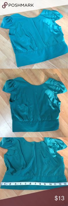 Small green crop top Great condition, open back super cute. Perfect to pair with a pencil skirt or dressy pants. Dress it up or dress it down. Any questions please ask! This is perfect for spring!! auditions fashion n Tops Crop Tops
