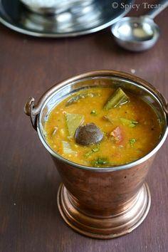 Spicy Treats: Kathirikkai Maangai Murangaikai Sambar / Drumstick Brinjal Mango Sambar North Indian Recipes, South Indian Food, Indian Food Recipes, Ethnic Recipes, Kurma Recipe, Rasam Recipe, Soup Recipes, Vegan Recipes, Legumes Recipe