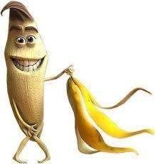 Licor de Banana Ingredientes banana Aguardente Água Açúcar Canela de pau Modo de Preparo 1. Descascar a banana e cortar em ped...