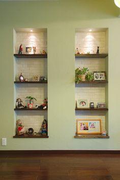 飾り棚 株式会社東急コミュニティー | リフォーム見積りならタウンライフリフォーム Display Shelves, Shelving, Tv Showcase, Bookcases, Floating Shelves, Living Room, Design, Home Decor, Bedrooms