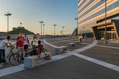 Piazza Gino Valle / Valle Architetti Associati
