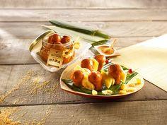 Savoureuses brochettes de Babas Rhum Vanille et fruits.  Téléchargez la fiche recette