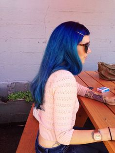 I don't think I could pull off blue hair.  But she definitely rocks it!!