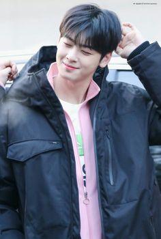 ISAC 2019 I Fall In Love, Falling In Love, Cha Eunwoo Astro, Dream Boyfriend, Cha Eun Woo, Pretty Images, Rhythm And Blues, Music People, Popular Music